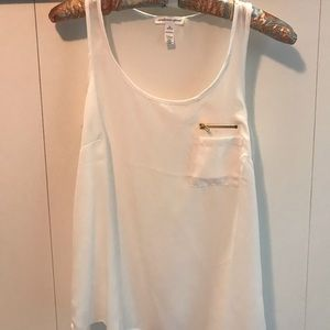 Sheer tank top with pocket